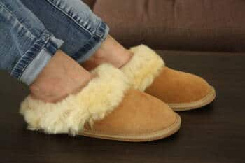 leatherslippers1