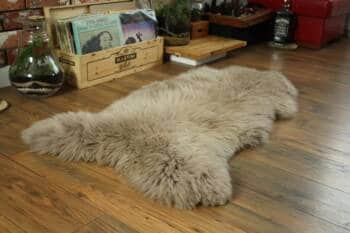 sheepskin rug 1